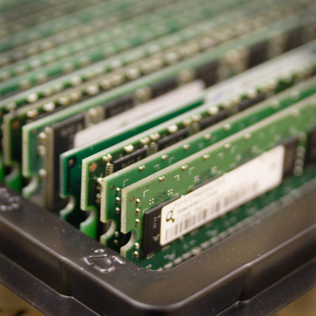 замена оперативной памяти на компьютере