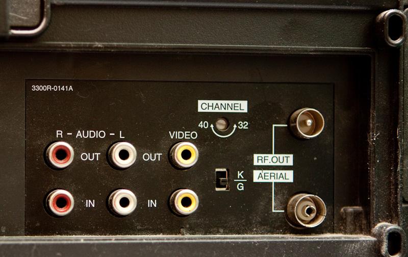 штекер для звука на телевизоре