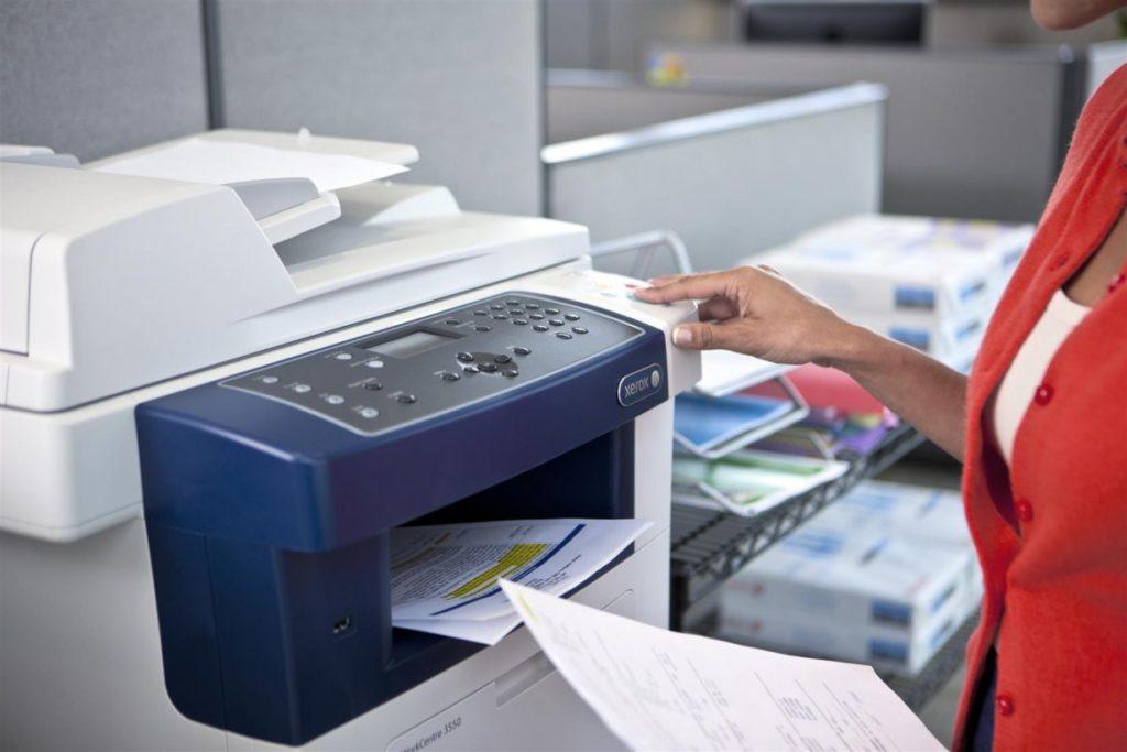 не печатает принтер документы